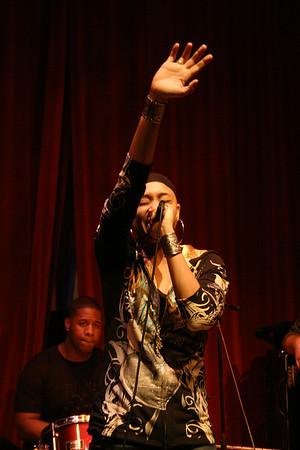 Nadirah X Show