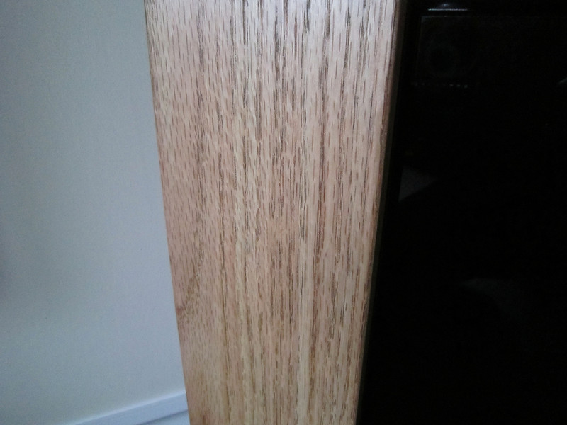 tv_cabinet_oak_trim_002.JPG