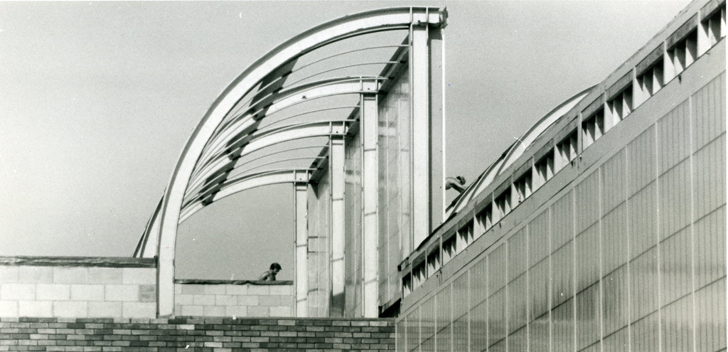 . The roof of the engineering building at Lakeland Community College, August 1983. (News-Herald file)