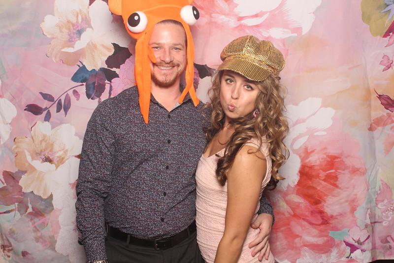 MangoStudios_Photobooth_Catherine and Sean181.jpg