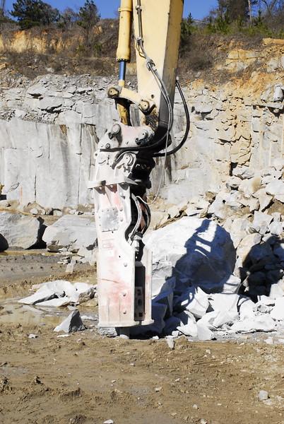 NPK GH23 hydraulic hammer on Komatsu excavator - Vulcan Materials -  Villa Rica Quarry, GA  1-18 (3).JPG