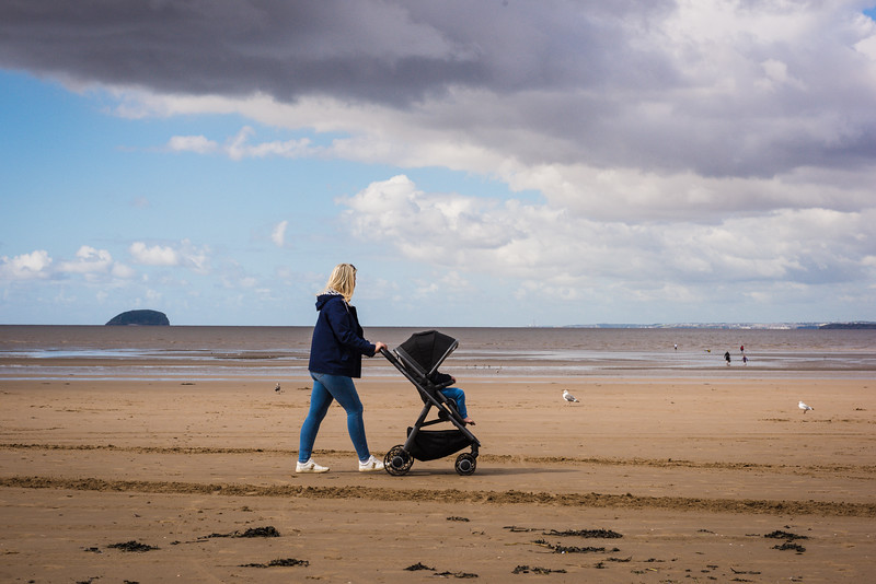 Arc Pushchairs BEACH (9 of 12).jpg