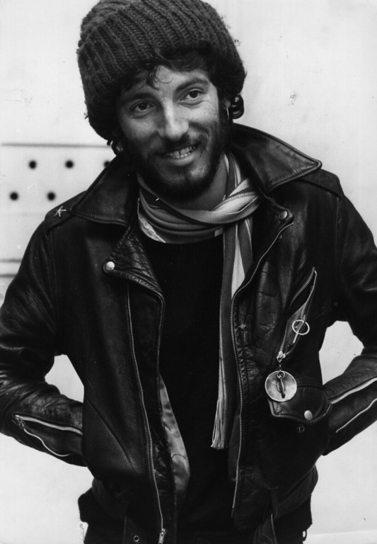 . 1975:  American rock singer, songwriter and guitarist Bruce Springsteen.  (Photo by Monty Fresco/Evening Standard/Getty Images)