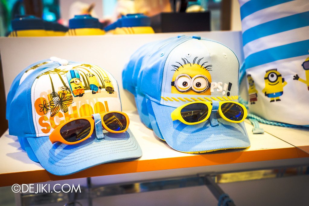 Universal Studios Singapore - Park Update May 2016 / Minion cap