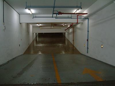 20040703 商學地下室水災