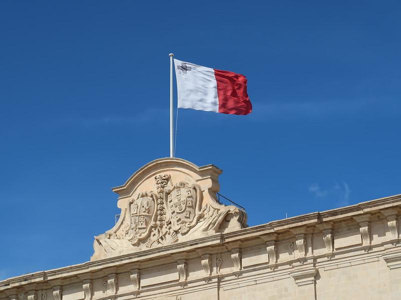 IMG_7392-malta-flag.JPG