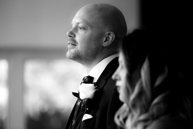 Sam_and_Louisa_wedding_great_hallingbury_manor_hotel_ben_savell_photography-0057.jpg