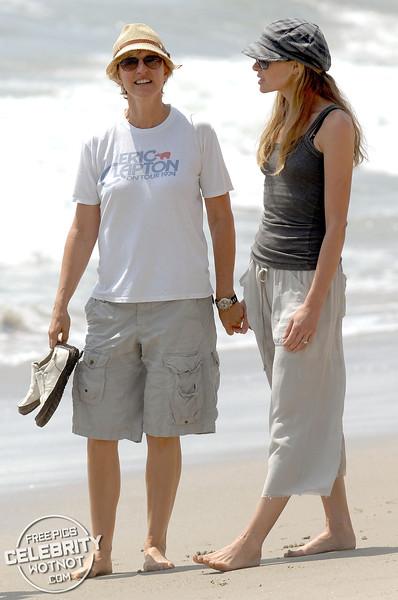 Ellen DeGeneres Rocks Vintage Eric Clapton Tee Holding Hands With Portia de Rossi, Malibu