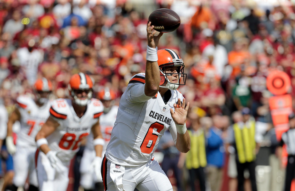 . Cleveland Browns quarterback Cody Kessler (6) passes the ball during the first half of an NFL football game against the Washington Redskins, Sunday, Oct. 2, 2016, in Landover, Md. (AP Photo/Chuck Burton)