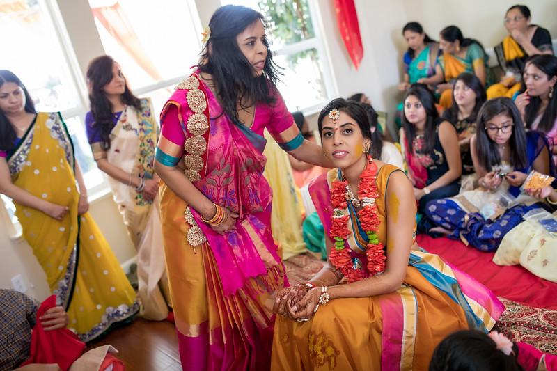 Hina_Pithi_Pooja-224.jpg