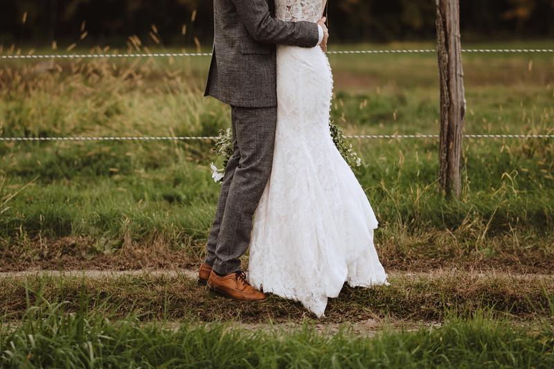 Valley View Farm Bohemian Boho Wedding Western Massachusetts Wedding Photographer 040.jpg