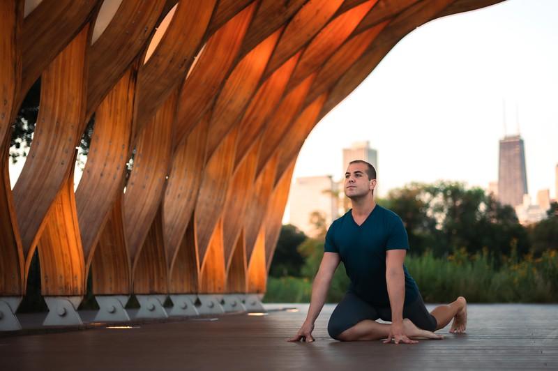 Online Yoga - Lincoln Park Shoot-94.JPG