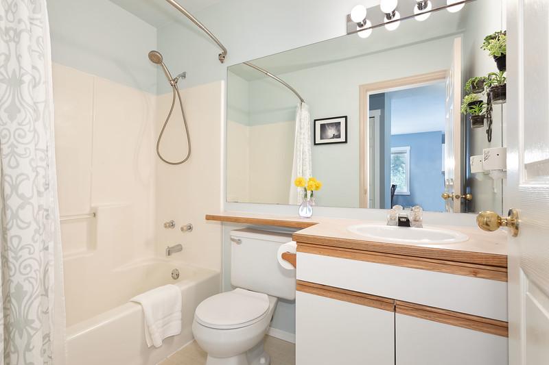 M11 Bath 1.jpg