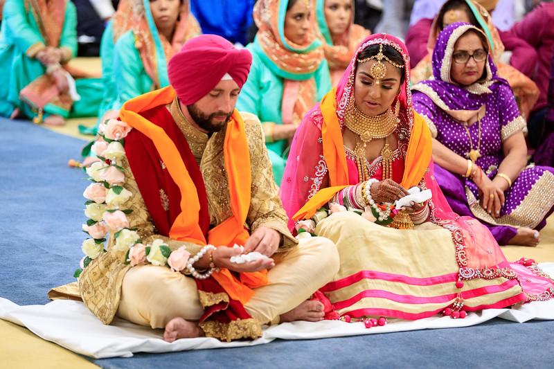 Neelam_and_Matt_Gurdwara_Wedding-1470.jpg