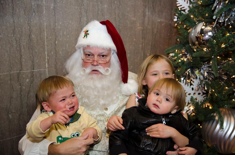Santa at Grove_25.JPG