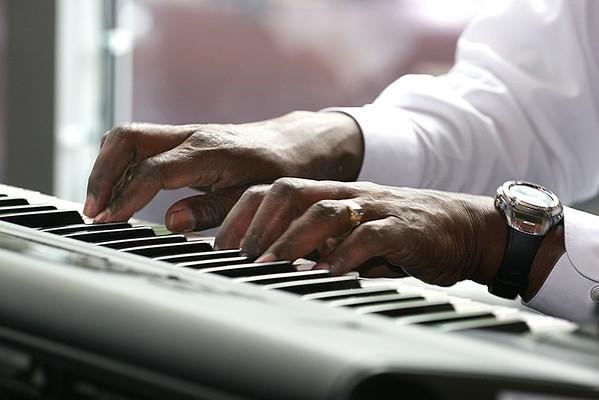 Keyboard-Glenn Pearson