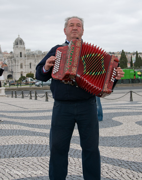 Thur 3/17 in Lisbon: there's always entertainment