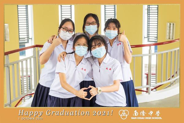 Nan Chiau High School Graduating Class of 2021