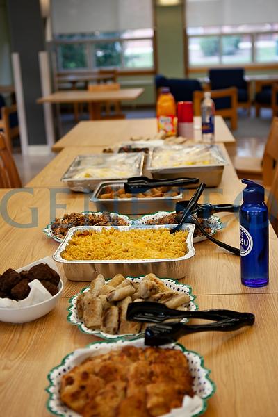 Diversity Potluck Dinner (Photos by Udeshi Seneviratne)