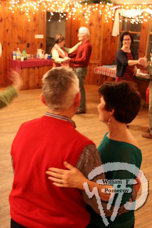 SOUTH CHATHAM VILLAGE HALL — contra dance ♦ Chatham, MA 12 . 22 - 2012