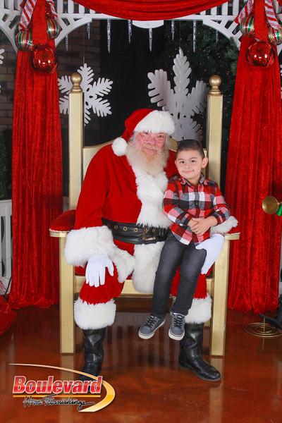 Santa 12-10-16-148.jpg