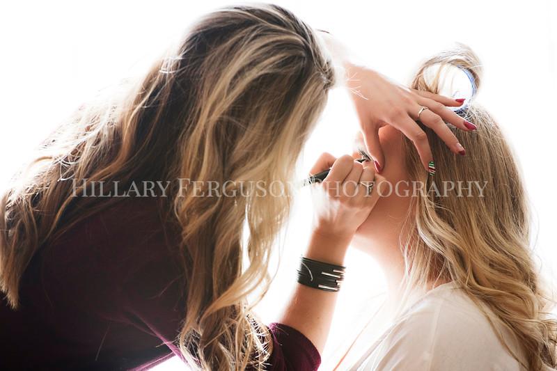 Hillary_Ferguson_Photography_Melinda+Derek_Getting_Ready106.jpg