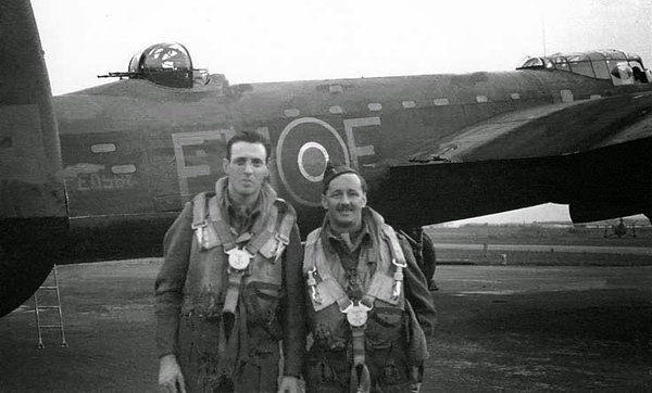 3rdSept43 - Reg Pidsley (Sound Engineer) and Wynford Vaughan Thomas (right).jpg