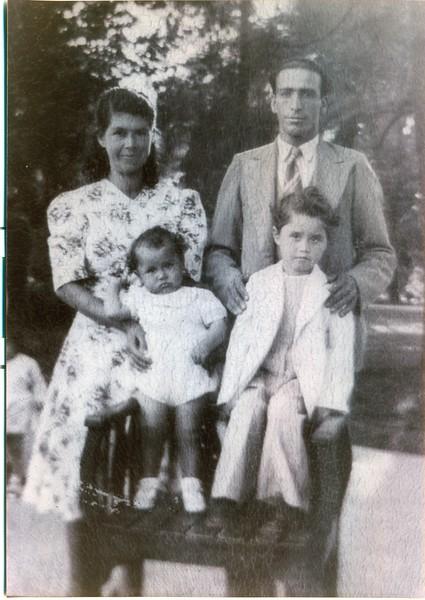 Family Ibáñez-Candia