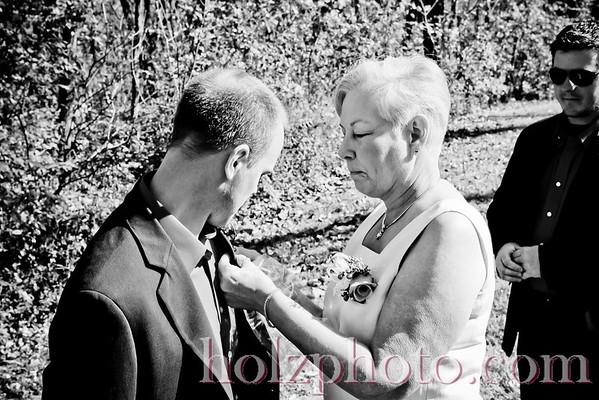 Martha and Alan Black/White Wedding Photos