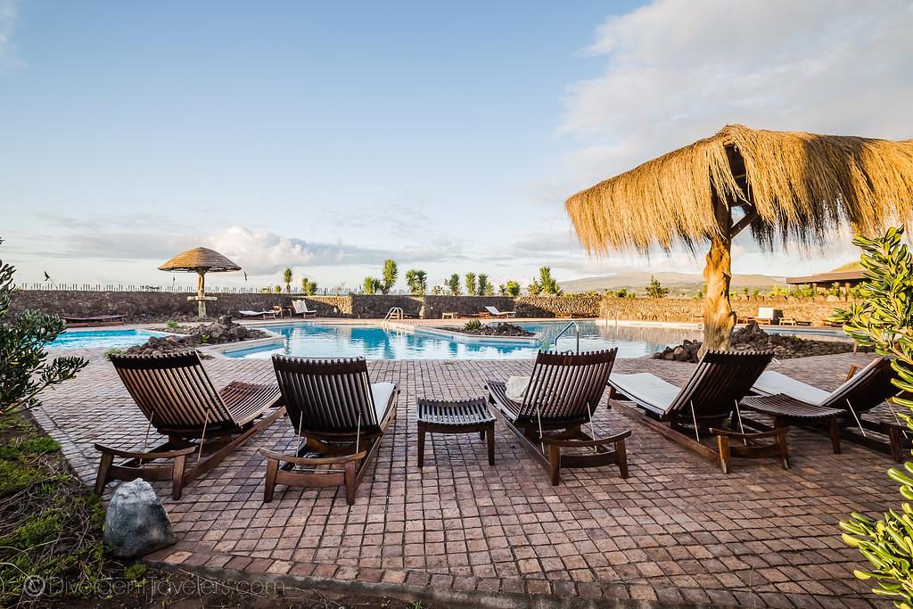 Easter Island Heads - Hotel Hanga Roa - Lina Stock
