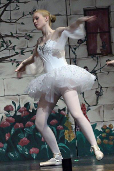 dance_050209_381.jpg