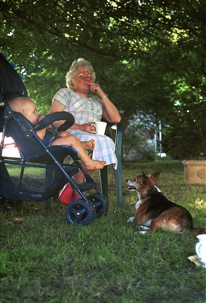 2004-12 (2)  Mary with Menno 10 mths.jpg
