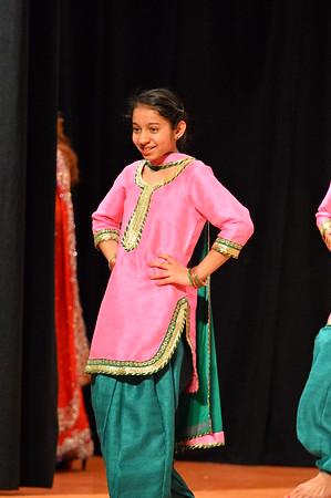 Dance 12 - Sahibaan Girls Bhangra