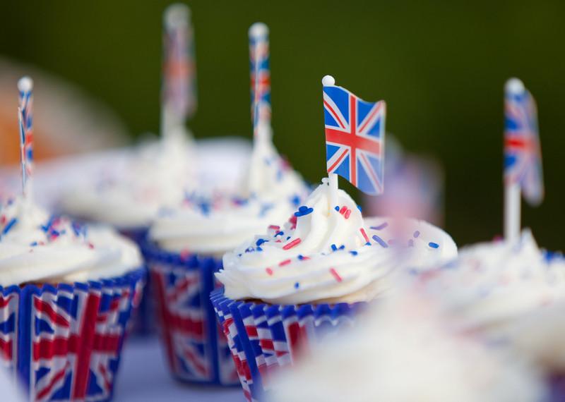 Royal Wedding buns_5671471973_o.jpg