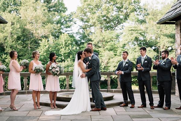 Cleveland, Ohio Wedding Photographer   Alexa and Jaime's Stan Hywet Wedding