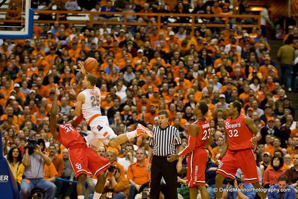 Syracuse Defeats St. John's 85-66