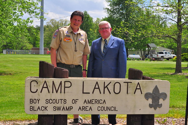 05-18-17 NEWS DAF Donation to Camp Lakota