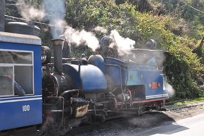 17 Joy Train to Ghoom