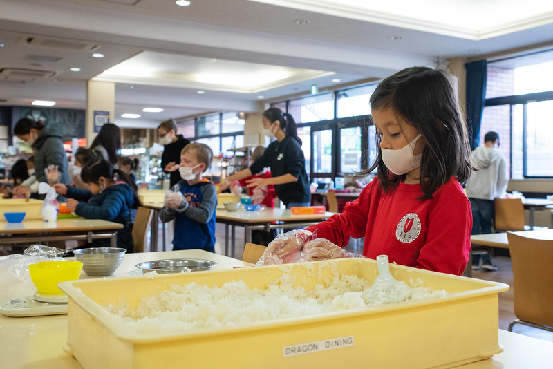 Grade 1-Making Onigiri For Chiku Center-ELP_8726-2018-19.jpg