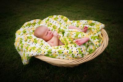 Delano Newborn Shoot 8 28 12 PRINT EDITS (46 of 147)