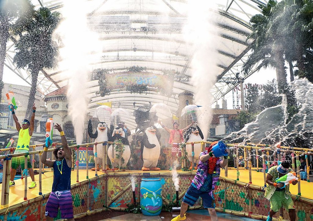 Universal Studios Singapore - Park Update May 2016 / Universal Studios Singapore Soak Out - Finale Maddy