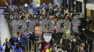 time-to-think-about-privatizing-the-tsa