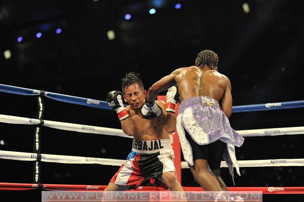 RauShee Warren vs Angel Carvajal
