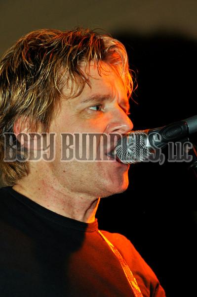 """Back 2 Life Band"" @ West Shore Hardware Bar - December 28, 2008 - Nikon D90 - Mark Teicher"