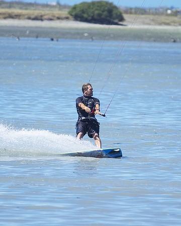 Kiteboarding in Christchurch - 29/01/06