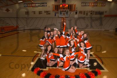 Cheerleaders_Winter_011515