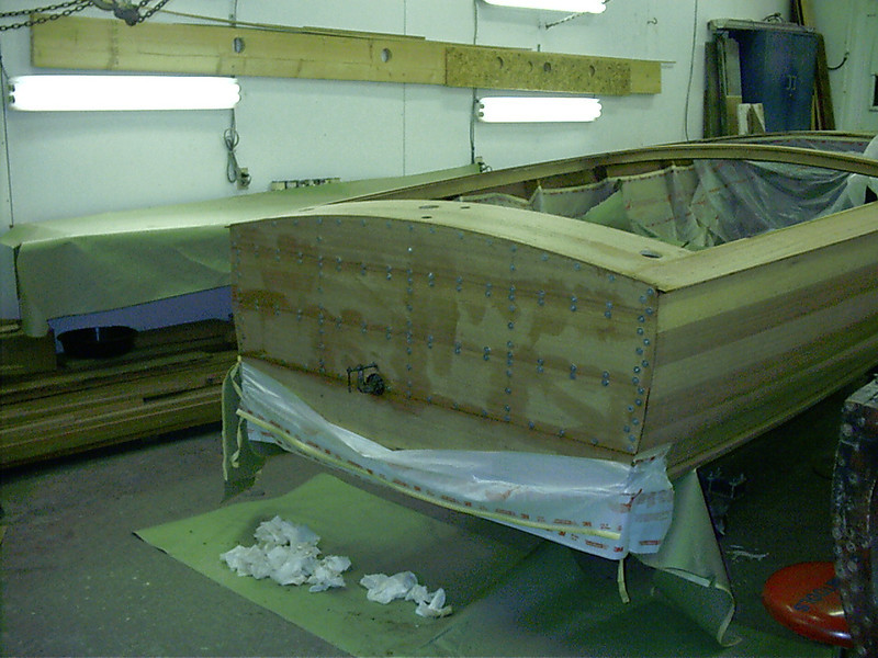 Transom glued in place with tempory fasteners.
