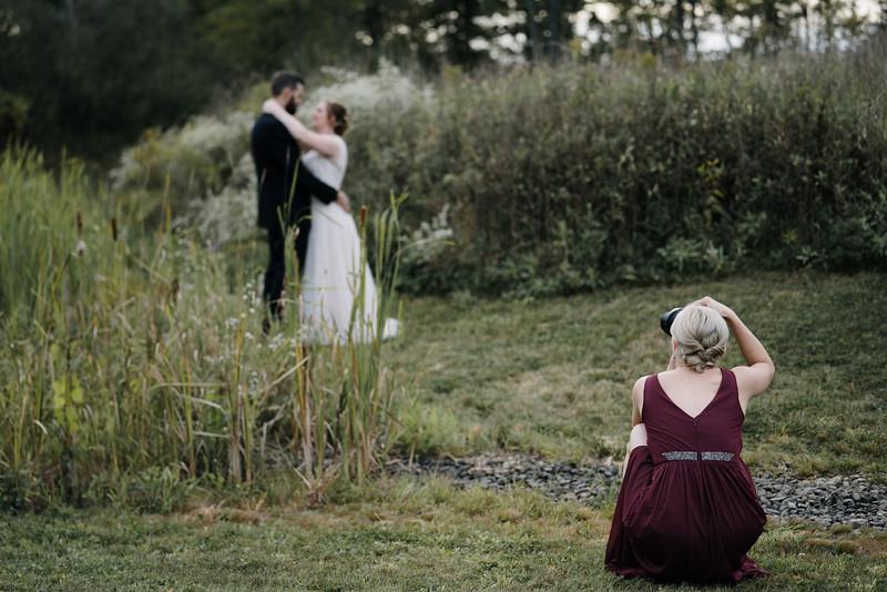 rustic_ohio__fall_barn_wedding-289.jpg
