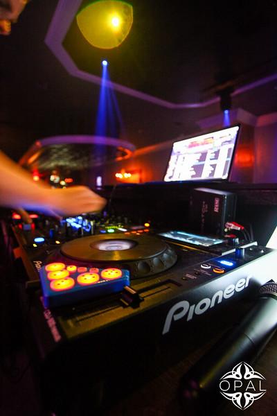 4/18 [DJ Scottyboy Live@Opal]