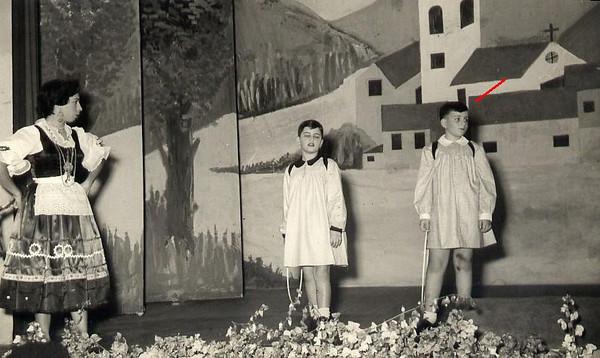 Dundo em 1953, ensaiado pela Maria Helena Noronha Feyo Sergio Simoes e Quim Bexiga